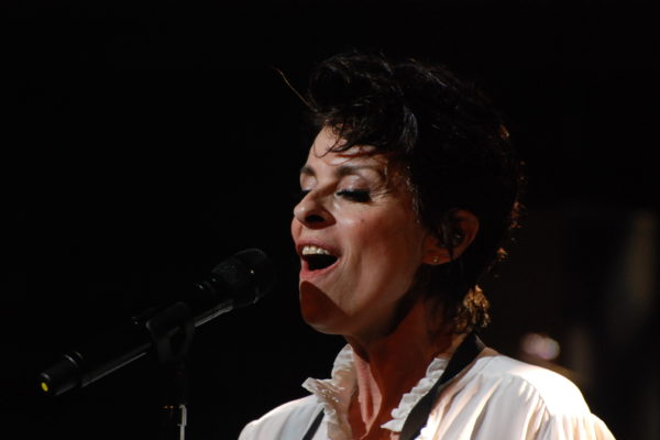 Lisa Stanfield (16)