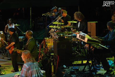 distritojazz-conciertos-jazz-50-Heineken-Earth-Wind-Fire-Experiencie-