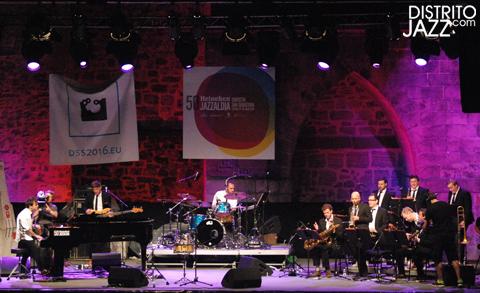 distritojazz-conciertos-jazz-50-Heineken-Jamie-Cullum-band
