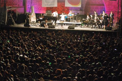 distritojazz-conciertos-jazz-50-Heineken-Jamie-Cullum-publico