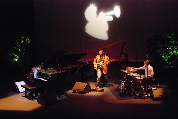 distritojazz-conciertos-jazz-Tigran-Hamasyan-Trio- 2012