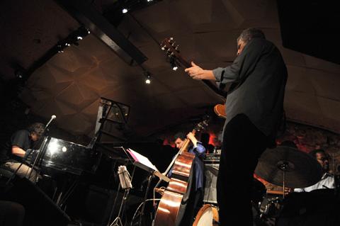 distritojazz-directos-jazz-Jon-Cowherd-Mercy-Project