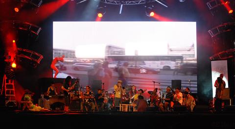 distritojazz-directos-jazz-Shibusa-Shirazu-Orchestra--