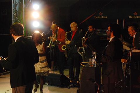 distritojazz-directos-off-jazz-soul-jazzaldia-sharon-jones-0